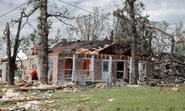 ΗΠΑ: Νεκροί και τεράστιες καταστροφές από την κακοκαιρία (pics)