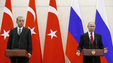 Η πώληση πυραύλων S-400 στο επίκεντρο της συνάντησης Πούτιν-Ερντογάν