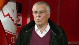 Θεοδωρίδης: «Εμείς το 8ο σερί, οι άλλοι πρωταθλητές καλοκαιριού»