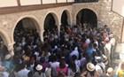 Ιερείς και Atenistas ξενάγησαν δεκάδες Αθηναιους στην Πλάκα