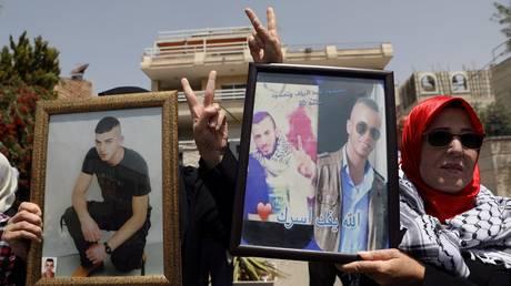 Ισραήλ: Οι Παλαιστίνιοι κρατούμενοι σταμάτησαν την απεργία πείνας (pics)