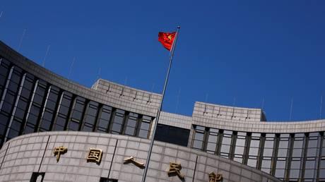 Κίνα: Μειώθηκε κατά πολύ το χρέος των τοπικών κυβερνήσεων
