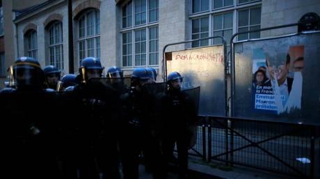Μικροεπεισόδια γύρω από το κέντρο του Παρισιού (pics)