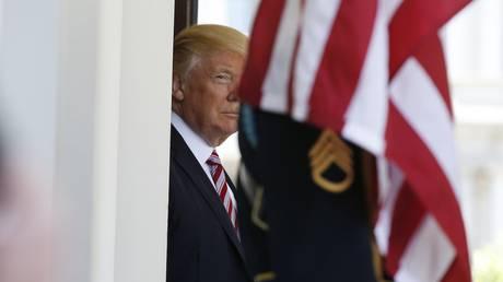 Ο Ντόναλντ Τραμπ θα δει τέσσερις υποψήφιους για το αξίωμα του διευθυντή του FBI