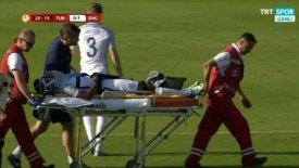 Παίκτης της Αγγλίας U17 έπεσε αναίσθητος στο γήπεδο (vid)