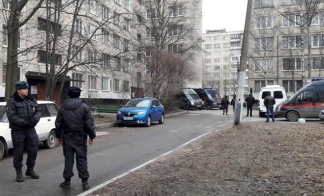 Ρωσία: Σοκ από τη σύλληψη 10χρονου που απήγγειλε ποιήματα στον δρόμο (vid)