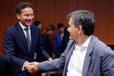 Σβήσε-γράψε στο Eurogroup: Ζυμώσεις για να γεφυρωθούν οι διαφορές με το ΔΝΤ