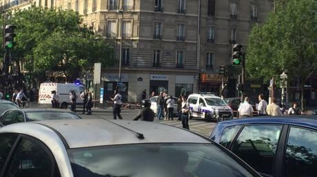 Συναγερμός στο Παρίσι – Νεαροί απείλησαν να τινάξουν λεωφορείο στον αέρα