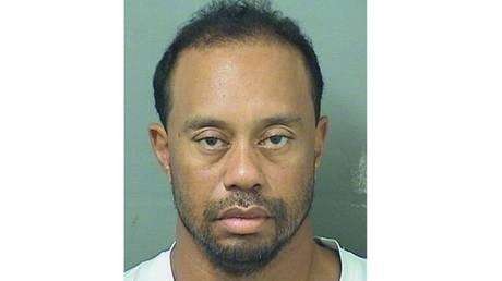 Συνελήφθη ο Tiger Woods για οδήγηση υπό την επήρεια αλκοόλ