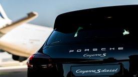 Τι ρεκόρ πέτυχε η Porsche Cayenne; (vid+pics)
