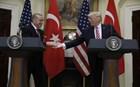 Τραμπ: Στηρίζουμε την Τουρκία στον αγώνα κατά των τρομοκρατών του ΡΚΚ