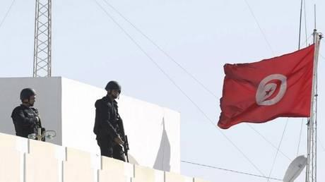 Τυνησία: Πλανόδιος πωλητής φρούτων αυτοπυρπολήθηκε
