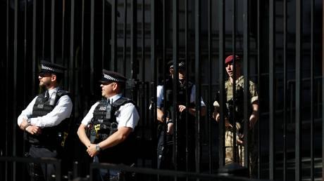 Υποβαθμίστηκε το επίπεδο συναγερμού ασφαλείας στη Βρετανία