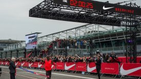 H ημέρα που άλλαξε η ιστορία του παγκόσμιου αθλητισμού! (vid)