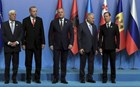 O Ερντογάν έστησε όλους τους καλεσμένους ξένους ηγέτες και εξαφανίστηκε