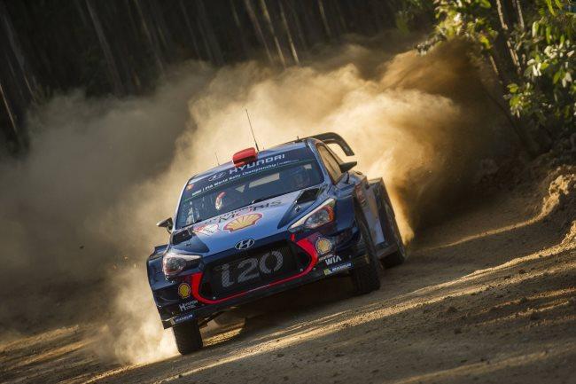 WRC Ράλλυ Πορτογαλίας: Ο Όττ Τάνακ είναι πρώτος μετά από μία δύσκολη πρώτη μέρα (video)