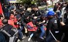 Xημικά και συλλήψεις στην πορεία της Πρωτομαγιάς στην Κωνσταντινούπολη