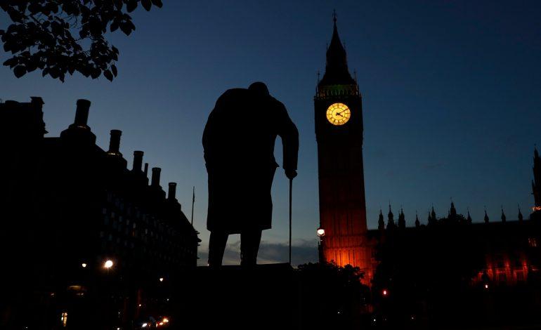 Στο Λονδίνο οι Έλληνες τραπεζίτες – «Κόκκινα» δάνεια, καταθέσεις και ρευστότητα στο επίκεντρο των συζητήσεων