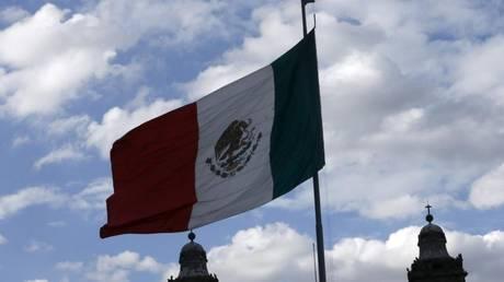 Ακτιβιστές δημοσιογράφοι καταγγέλλουν ότι η κυβέρνηση του Μεξικού κατασκοπεύει τα κινητά τηλέφωνα