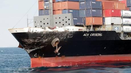 Αμερικανικό αντιτορπιλικό συγκρούστηκε με εμπορικό πλοίο στην Ιαπωνία (pics&vid)