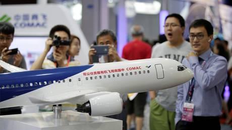 Ανάρπαστο το πρώτο κινέζικο επιβατικό τζετ