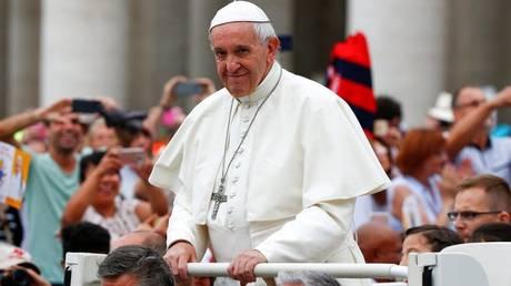 Βατικανό: Ο πάπας Φραγκίσκος υπερασπιστής των συνδικάτων