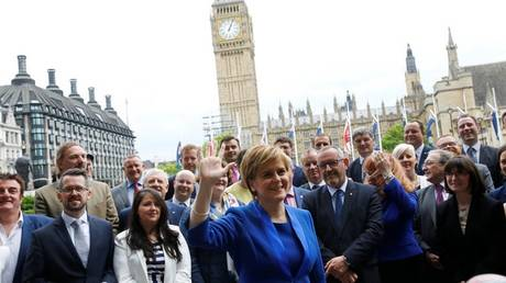 Βρετανία: Νέο ολοκληρωμένο σχέδιο για το Brexit ζητά η πρωθυπουργός της Σκωτίας