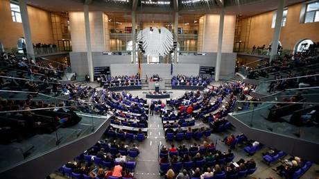 Γερμανία: Υψηλά πρόστιμα στα social media για τις αναρτήσεις ρητορικής μίσους