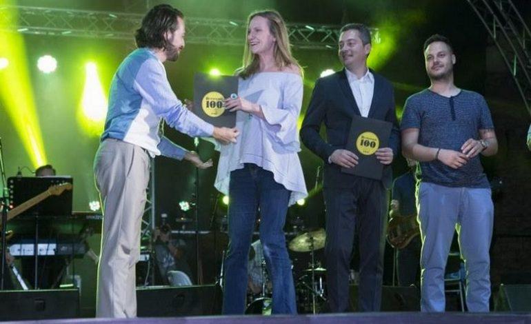 Δύο βραβεία για τα εστιατόρια nice n easy στα Restaurant 100 Awards Ceremony