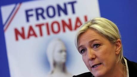 Εκλογές Γαλλία: Η Μαρίν Λεπέν «αμφισβητεί» τη νίκη του Μακρόν