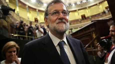 Ισπανία: Καταψηφίστηκε η πρόταση μομφής κατά του Ραχόι από τους Podemos