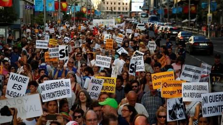 Ισπανία: Χιλιάδες διαδηλωτές στους δρόμους της Μαδρίτης για τους πρόσφυγες