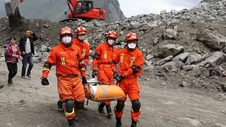 Κίνα: Οι έρευνες για τους αγνοούμενους από την κατολίσθηση συνεχίζονται – οι ελπίδες μειώνονται