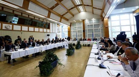 Κυπριακό: Τουρκία και Ελλάδα κατέθεσαν τις πρώτες προτάσεις στη Διεθνή Διάσκεψη (aud)