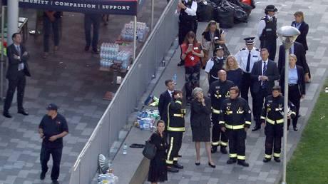 Λονδίνο: Στο κτίριο που έγινε στάχτη η πρωθυπουργός Μέι (pics)