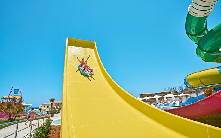 Ξεκινάει το νέο εντυπωσιακό Aqua Park της Grecotel στην Κυλλήνη
