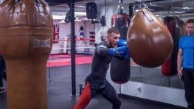 Ο McGregor προβλέπει να ρίχνει… μπουνιές στον Mayweather! (pics)