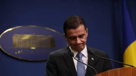 Προειδοποιεί για εποχή Τσαουσέσκου ο πρωθυπουργός της Ρουμανίας που αποχωρεί