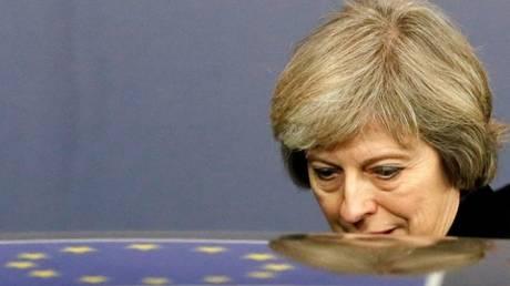 Brexit: Αποδυναμωμένη η κυβέρνηση ρίχνεται στις διαπραγματεύσεις