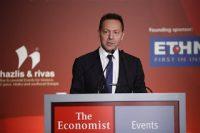 «Καμπανάκι» Στουρνάρα για την υψηλή φορολογία – Νωρίς ακόμη για έξοδο στις αγορές