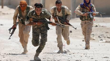 Έσπασαν οι αμυντικές γραμμές του Ισλαμικού Κράτους στη Ράκα – Αγωνία για τους αμάχους
