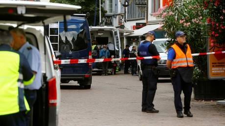 Ασύλληπτος παραμένει ο δράστης με το αλυσοπρίονο στην Ελβετία (pics)