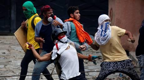 Βενεζουέλα: Δύο νεκροί σε νέες συγκρούσεις κατά τη διάρκεια γενικής απεργίας (pics)
