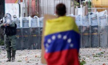 Βενεζουέλα: Τρεις νεκροί την πρώτη ημέρα της γενικής απεργίας κατά του Μαδούρο (pics)
