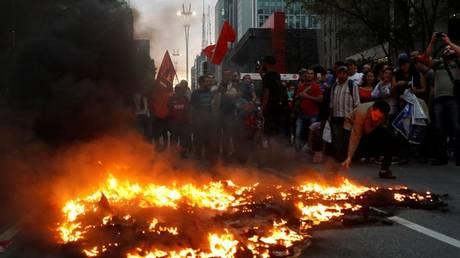 Βραζιλία: Επεισόδια στις νέες κινητοποιήσεις κατά της κυβέρνησης Τέμερ (pics)