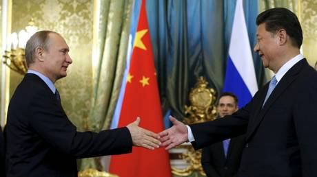 Δέκα δις δολάρια «κοστίζει» η συνάντηση Πούτιν με τον κινέζο πρόεδρο