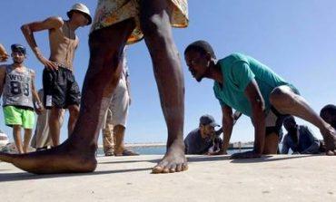 Διάσωση εκατοντάδων μεταναστών στα ανοιχτά της Λιβύης