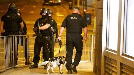 Επίθεση Μάντσεστερ: Η αστυνομία «βλέπει» ανάμειξη και άλλων ατόμων