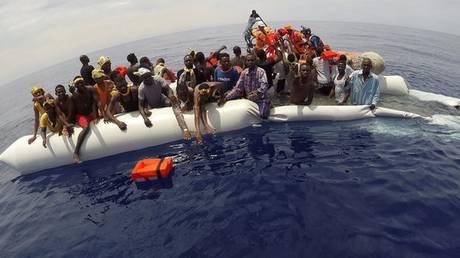 Η ΕΕ δίνει 46 εκατ. ευρώ στην Ιταλία για τους μετανάστες