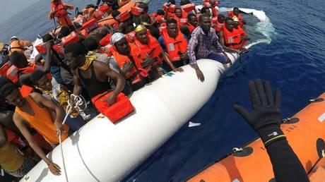 Η Ισπανία, νέα πύλη εισόδου προσφύγων στην Ευρώπη από την Αφρική (Pics)